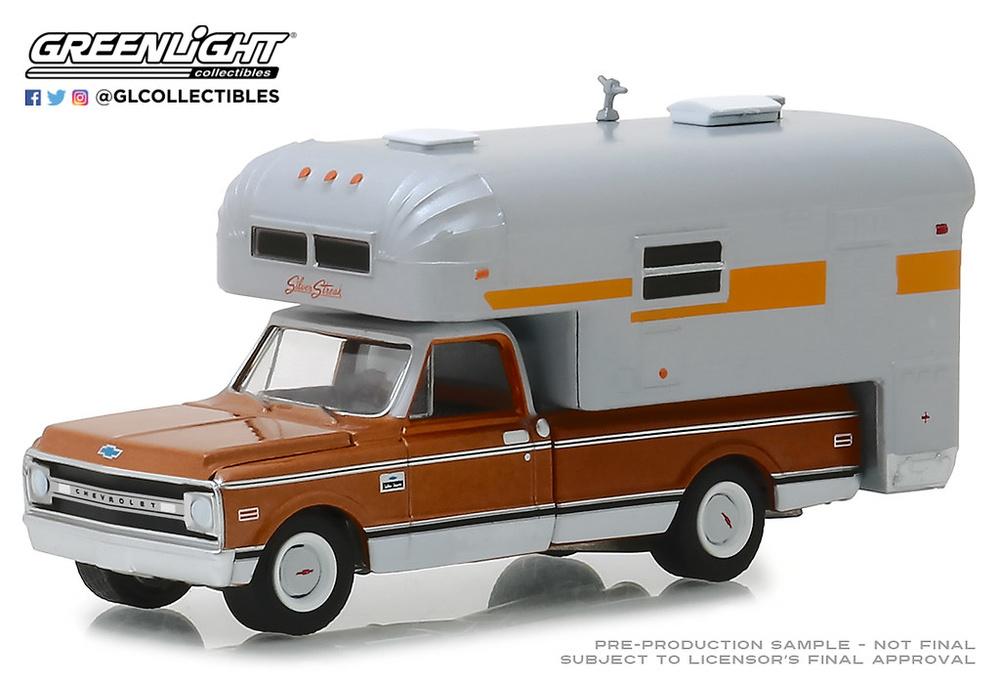 Chevrolet c10 Cheyenne Camper (1970) Greenlight 30023 1/64