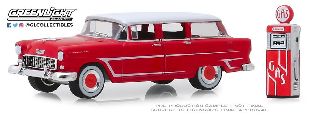 Chevrolet Two-Ten Townsman con surtidor (1955) Greenlight 1/64