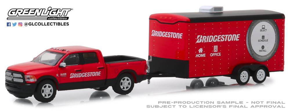 Dodge Ram 2500 Servicio de transporte de vehículo Bridgestone (2017) Greenlight 1:64