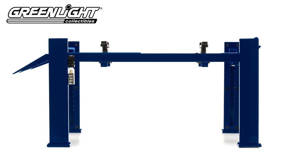 WORKSHOP HOIST 4 POST BLUE in 1:18 Scale by Greenlight 12884