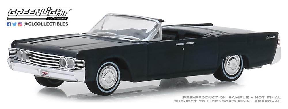 Lincoln Continental Cabrio (Lot #1585) (1965) Greenlight 1/64