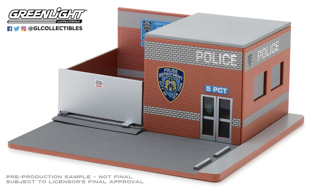 Mechanic's Corner Series 4 - Central de persecuciones de la policía de Nueva York (NYPD) Greenlight 1/64