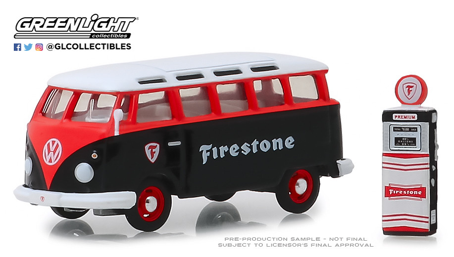 "Volkswagen Samba Bus ""Firestone"" con surtidor de gasolina (1964) Greenlight 1/64"