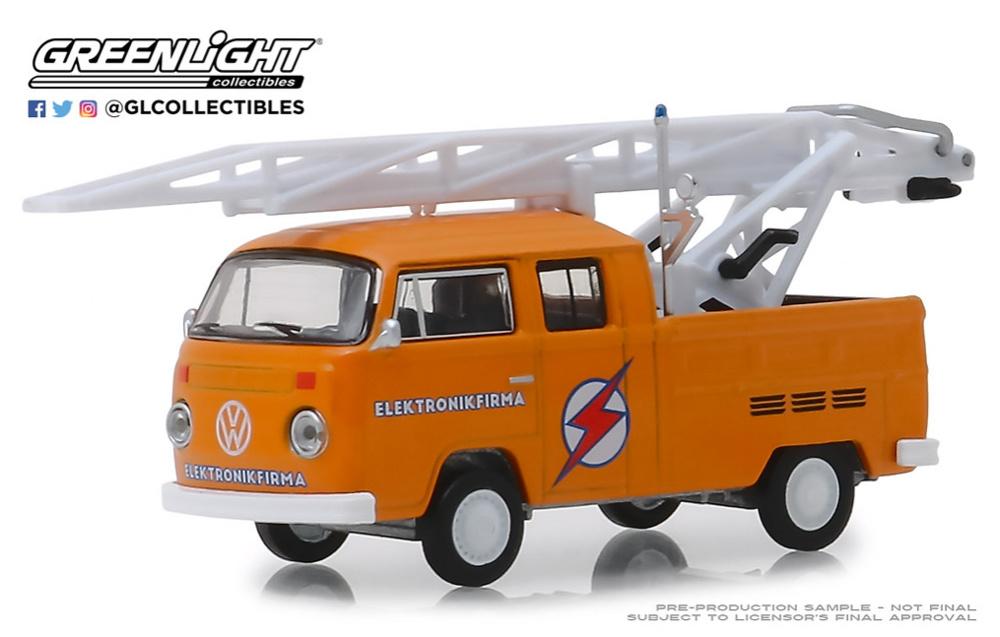 Volkswagen T2 Doble cabina con autoescala (1972) Greenlight 29960D 1/64