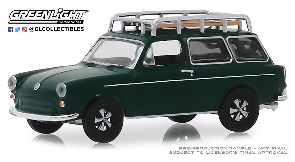 Volkswagen Type 3 Squareback - Verde oscuro (1969) Greenlight 1/64