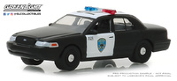 "Ford Crown Victoria ""Policía interceptora de Oakland, California"" (2008) Greenlight 1/64"