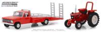 Ford F-350 con rampa (1969) y tractor Ford 5610 sin restaurar (1985) Greenlight 1/64
