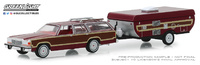 Ford LTD Country Squire con Caravana Plegable (1981) Greenlight 1/64