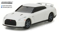 Nissan GT-R -R35 (2014) Greenlight 1/64