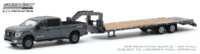 Nissan Titan XD Pro-4X with Gooseneck trailer (2019) Greenlight 1:64